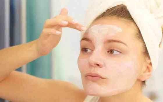 As a toner and spot treatment